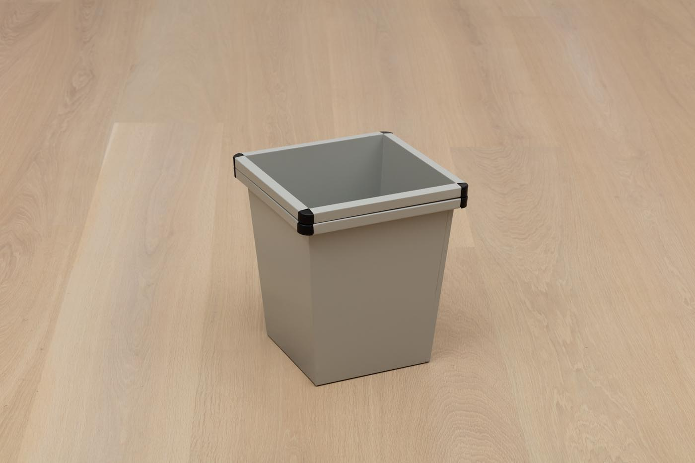 <p><em>No two things can be the same</em><br />2012, disposed bin, 38,5 × 34 × 34 cm<br />photo: Brian Forrest, Image courtesy of the Hammer Museum</p>